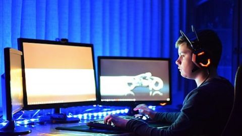 Be Careful! Playing Online Games Is to Be Taken in By Satan