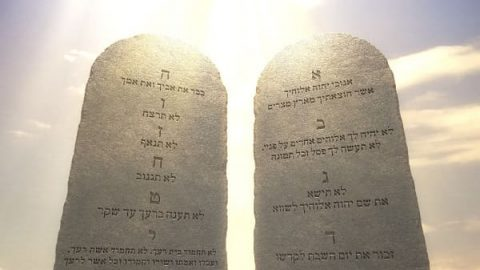 Why Did God Give the Ten Commandments? Here Are 3 Aspects of the Meaning That You Don't Know