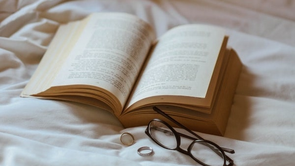 Books, rings and glasses