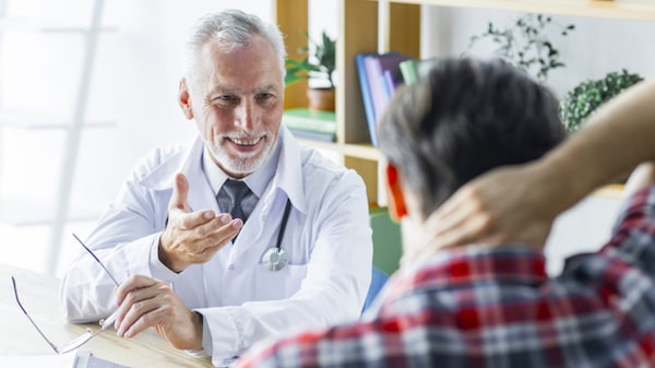God is in control: Cheerful doctor told the patient to recover