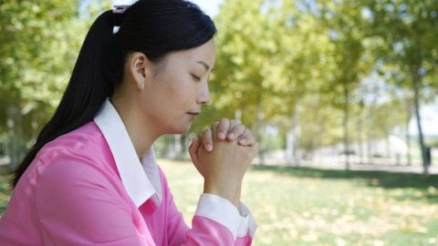 Church Life: How to Truly Pray to God